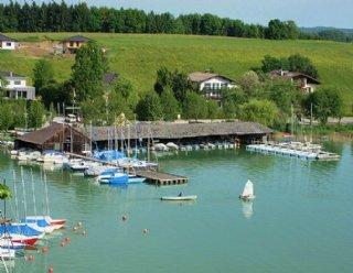 Unsere Segelschule am schönen Mattsee erwartet Sie! © Steiner Nautic