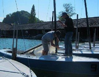 Als AnfängerIn lernen Sie im Segel-Grundkurs Grundlegendes zum Segelsport in Theorie und Praxis am Mattsee © Steiner Nautic