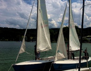 Lassen Sie Segel-AnfängerInnen an Ihrer Erfahrung im Segelsport teilhaben und werden Sie Segel-LehrerIn! © Steiner Nautic
