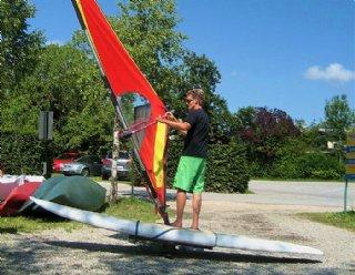Die Windsurflehrer von Steiner Nautic freuen sich jedes Jahr wieder auf die SurfschülerInnen der neuen Saison! © Steiner Nautic