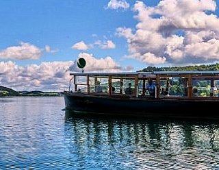 Fahrten auf der Seenland sind ein Erlebnis für die ganze Familie! © Steiner Nautic