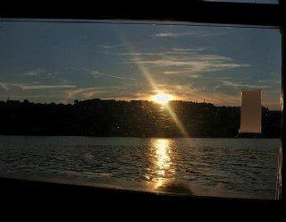 Auf dem Rundfahrtschiff feiern Sie unter FreundInnen ungestört und in reizvollem Ambiente den schönsten Tag Ihres Lebens © Steiner Nautic