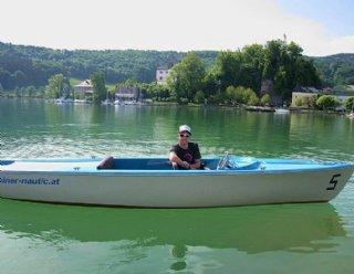 """Die Elektroboote """"Lisa 550"""" sind die Stars des Mattseer Bootsverleihs und garantieren eine komfortable und mühelose Bootstour. © Steiner Nautic"""