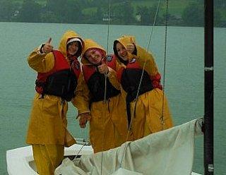 Verbringe eine schöne Zeit an den Trumer Seen unter FreundInnen und anderen Jugendlichen © Steiner Nautic