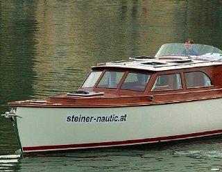 STEINER Elena 900 - Hybridfahrzeug © Steiner Nautic