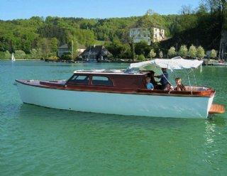 Die STEINER Elena 900 Elektroluxusyacht - ein Boot für die ganze Familie! © Steiner Nautic