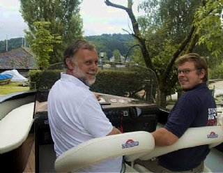 Hermann Steiner IV. und V. auf dem schnellsten Elektroboot Europas, der Lightstream 6.2 High Voltage © Steiner Nautic