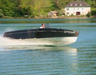 Steiner Lightstream 6.2 HV - Elektroboot mit 120 kW Antriebsleistung © Steiner Nautic