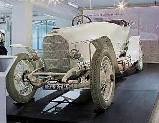 """""""Prinz Heinrich"""" - einer der ältesten Rennwagen der Welt im Porsche-Museum fahr(T)raum in Mattsee © ebihara photography"""