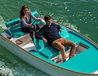 Wenn Ihnen Segeln auf Binnengewässern nicht mehr genügt, dann erobern Sie das Meer mit den Segel- und Motobootführerscheinen der Fahrtenbereiche 1-3  © Steiner Nautic