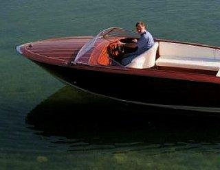 Motorboot Marin 630 von Steiner Nautic - gefertigt in Mahagoni © Steiner Nautic